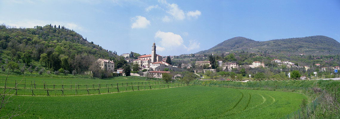 Arqua_Petrarca_-_Eglise_SMaria